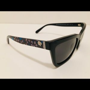 Coach HC 8208 Electric Floral Sunglasses Brand New
